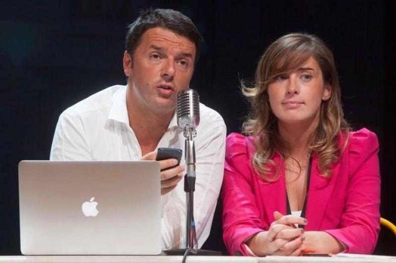 Matteo Renzi con iPhone