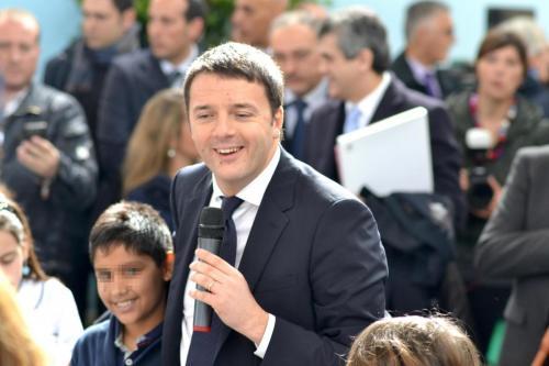Canzone per Renzi dei bambini di Siracusa: è polemica con Grillo