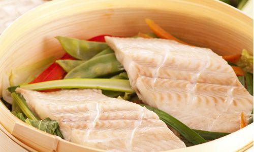 Cottura al vapore: consigli e strumenti per mangiar sano e veg