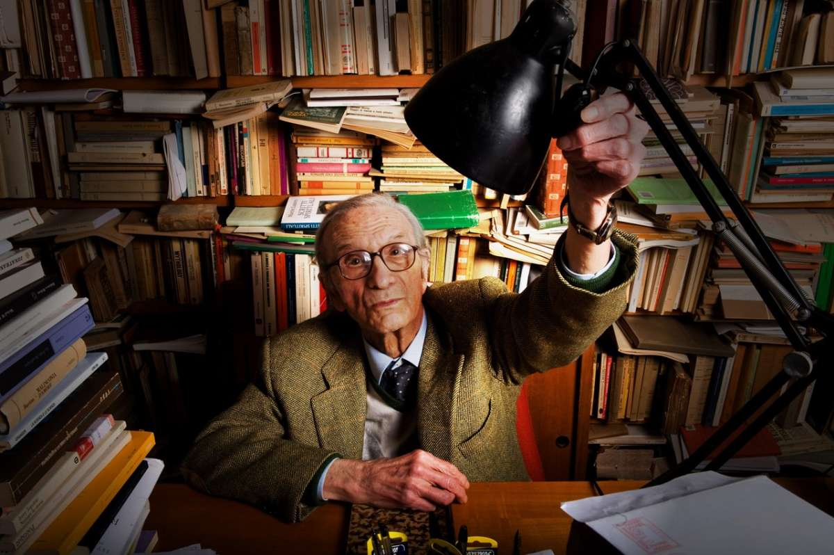 Ezio Raimondi è morto: fu italianista, saggista, filologo e presidente de Il Mulino
