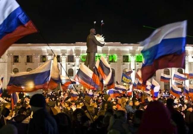 Festeggiamenti in Crimea dopo il referendum