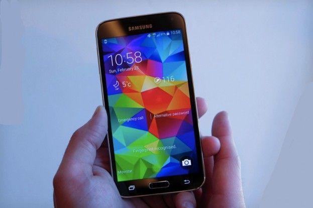 Samsung Galaxy S5 vs S4: confronto e paragone