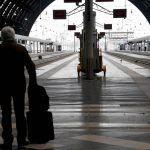 Sciopero treni e aerei 11, 12 e 13 aprile: orari e informazioni utili