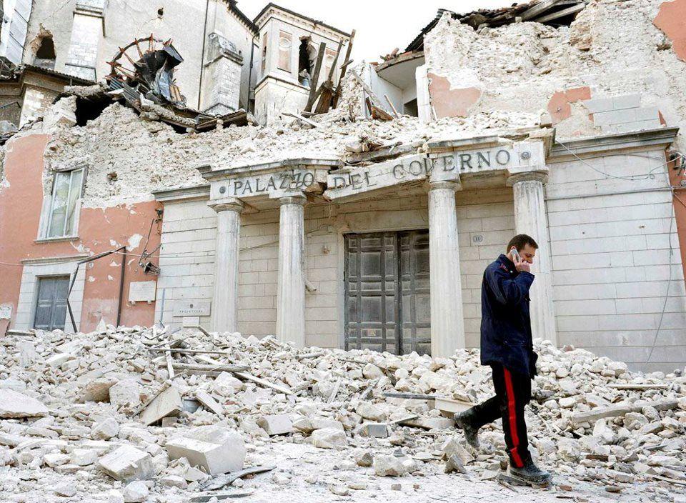 Terremoto a L'Aquila: l'Italia chieda 309 volte scusa