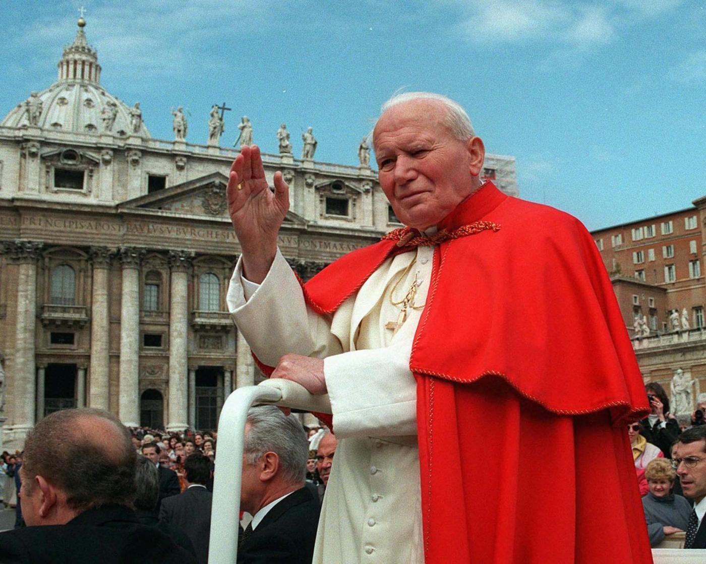 Giovanni Paolo II santo. Frasi, biografia e miracoli di Karol Wojtyla