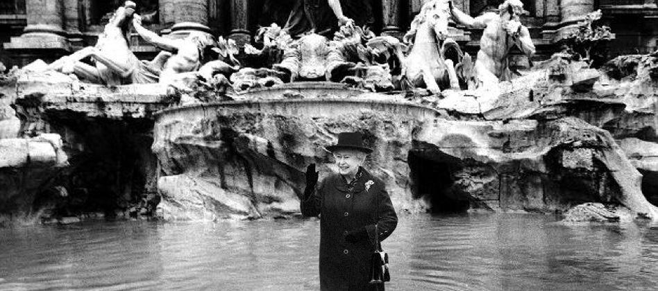 Regina Elisabetta a Roma: visita a Napolitano e al Papa