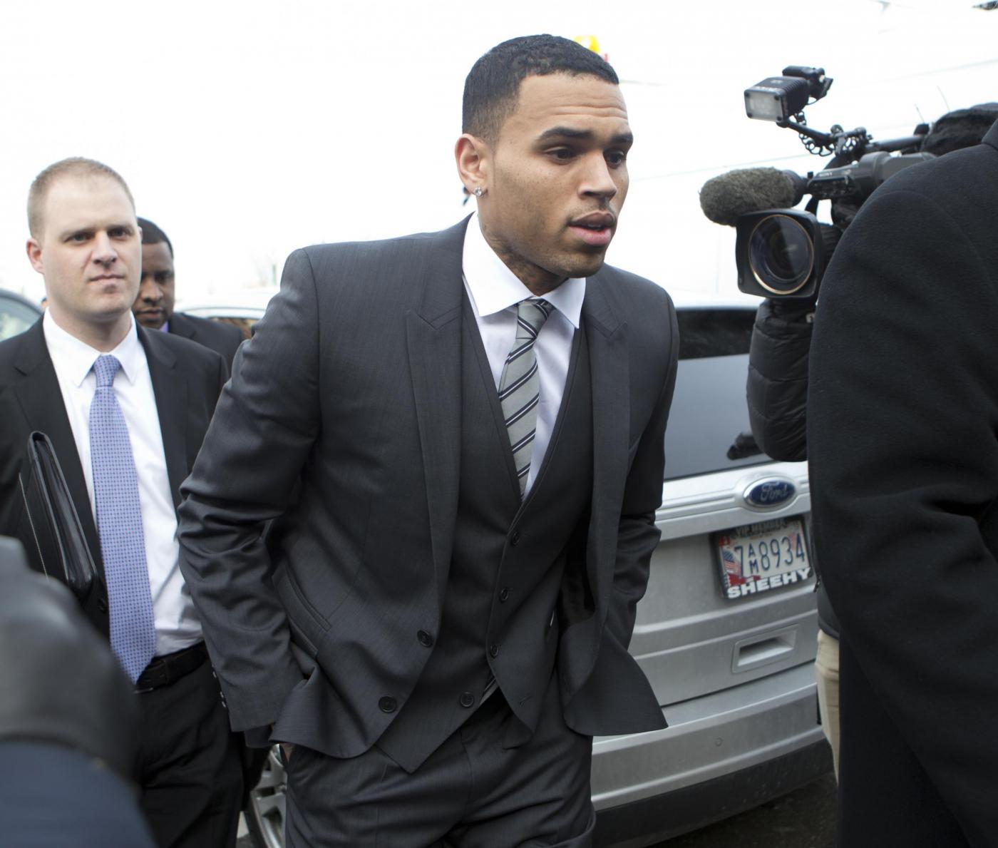 Chris Brown: processo rinviato per il rapper
