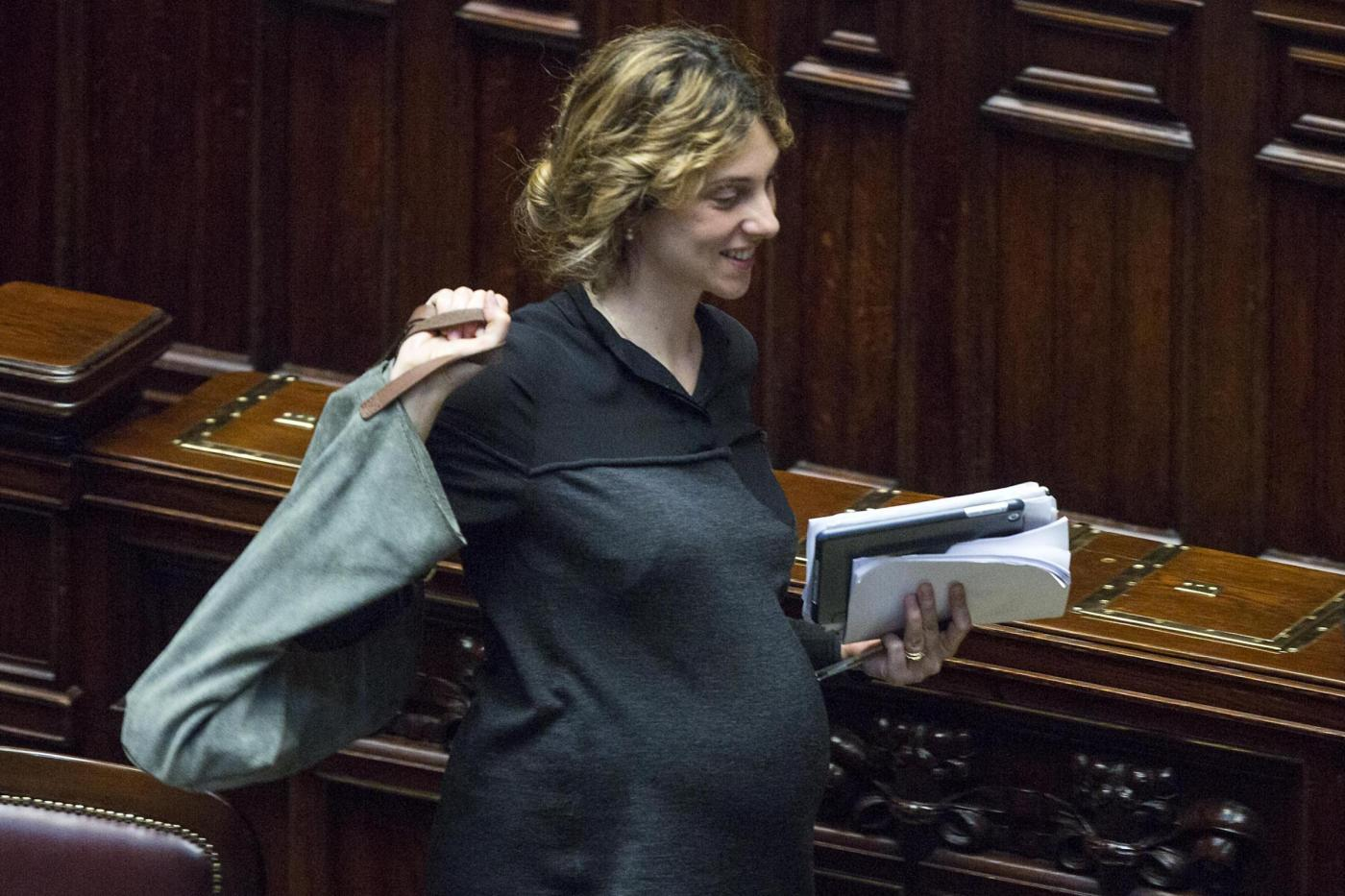 Marianna Madia partorisce da Ministro: l'annuncio di Renzi