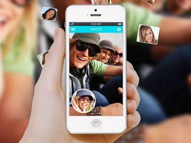 L'app che mostra le reazioni degli amici ai tuoi selfie