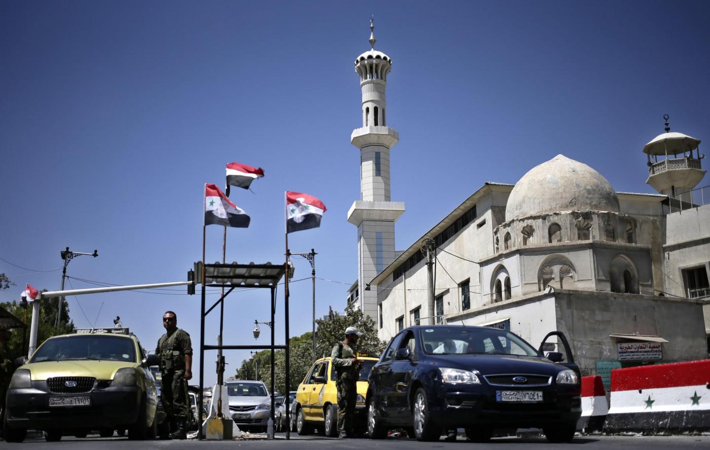 Siria, nuovo attacco chimico: scambio di accuse governo-ribelli