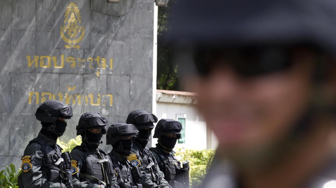 Colpo di stato in Thailandia: cosa sta succedendo? Turisti italiani al sicuro