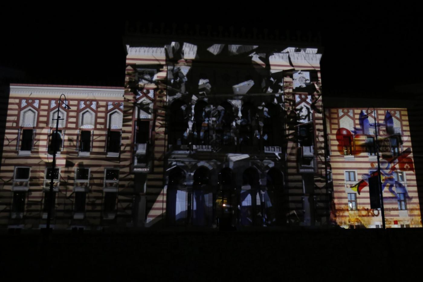Riaperta la biblioteca di Sarajevo distrutta da un incendio nel 1992
