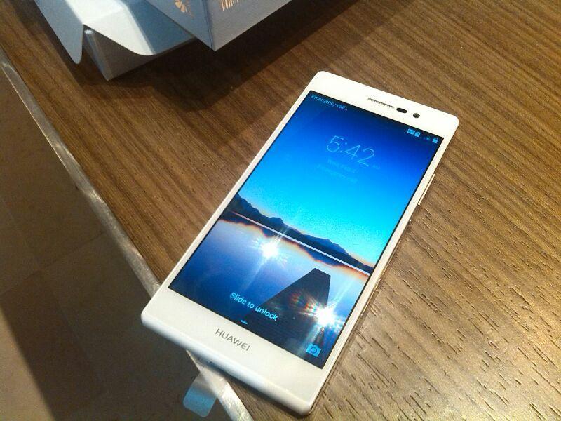 Huawei Ascend P7: anteprima esclusiva del sottilissimo Android