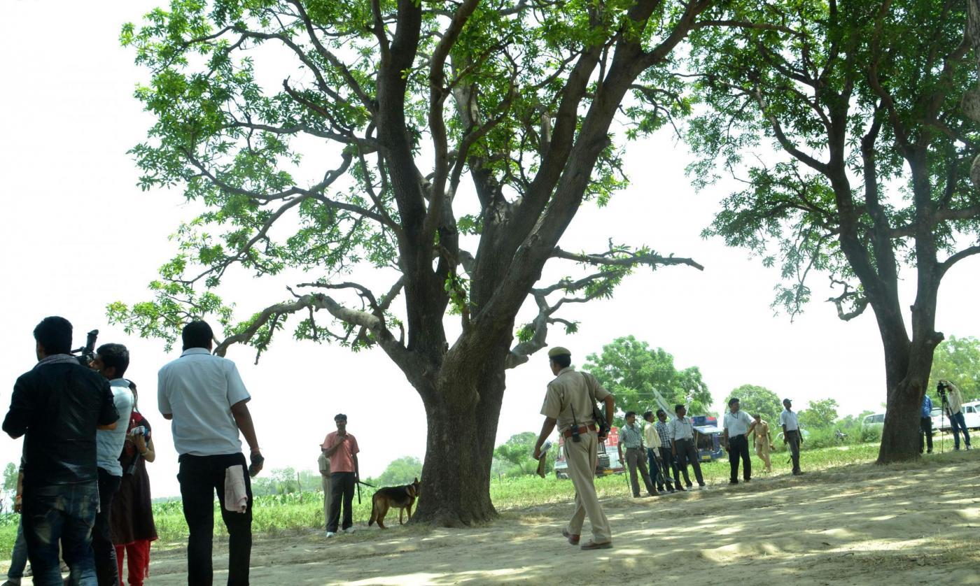 India stupri ragazze impiccate