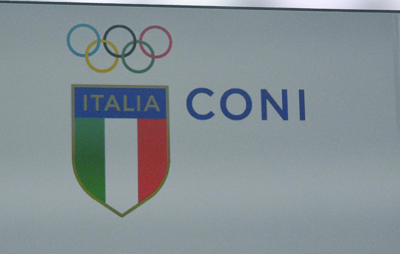 Nuovo logo Coni: stemma tricolore e scritta Italia
