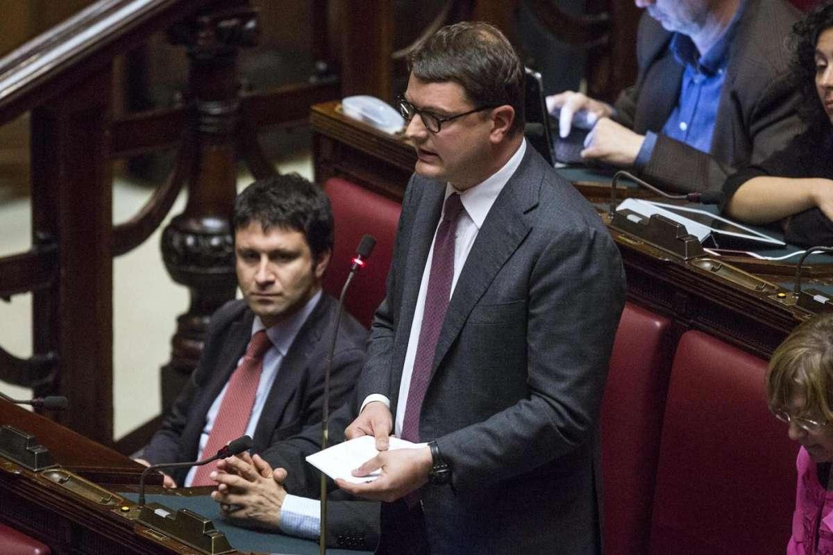 Sel si spacca: alcuni deputati lasceranno Vendola per Matteo Renzi