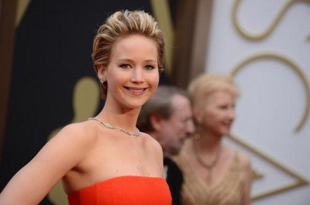 Jennifer Lawrence è la donna più sexy del mondo secondo FHM