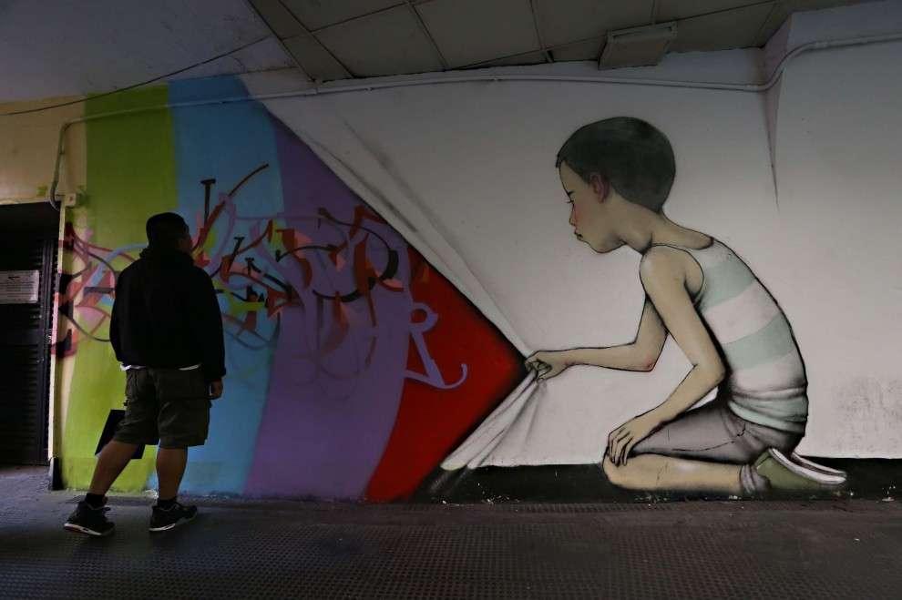 Street Art a Roma: un murales nella metro di piazza di Spagna
