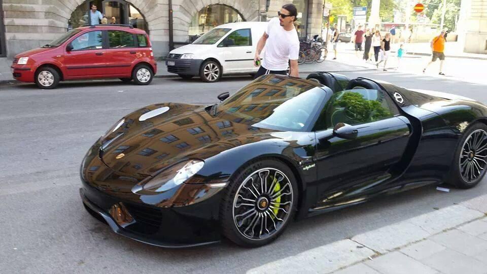 Porsche 918 Spyder: la nuova auto di Zlatan Ibrahimovic