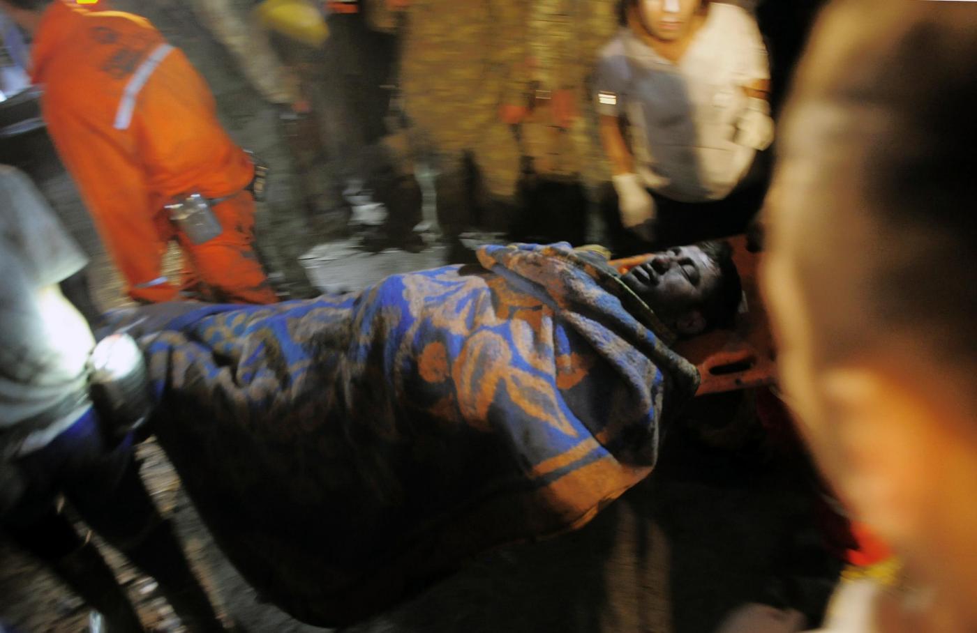 Strage in Turchia: almeno 200 morti e 300 intrappolati in miniera