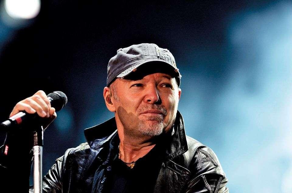 Classifica iTunes Italia Top 20 singoli e album 9/5/2014: in testa Vasco Rossi e Cremonini