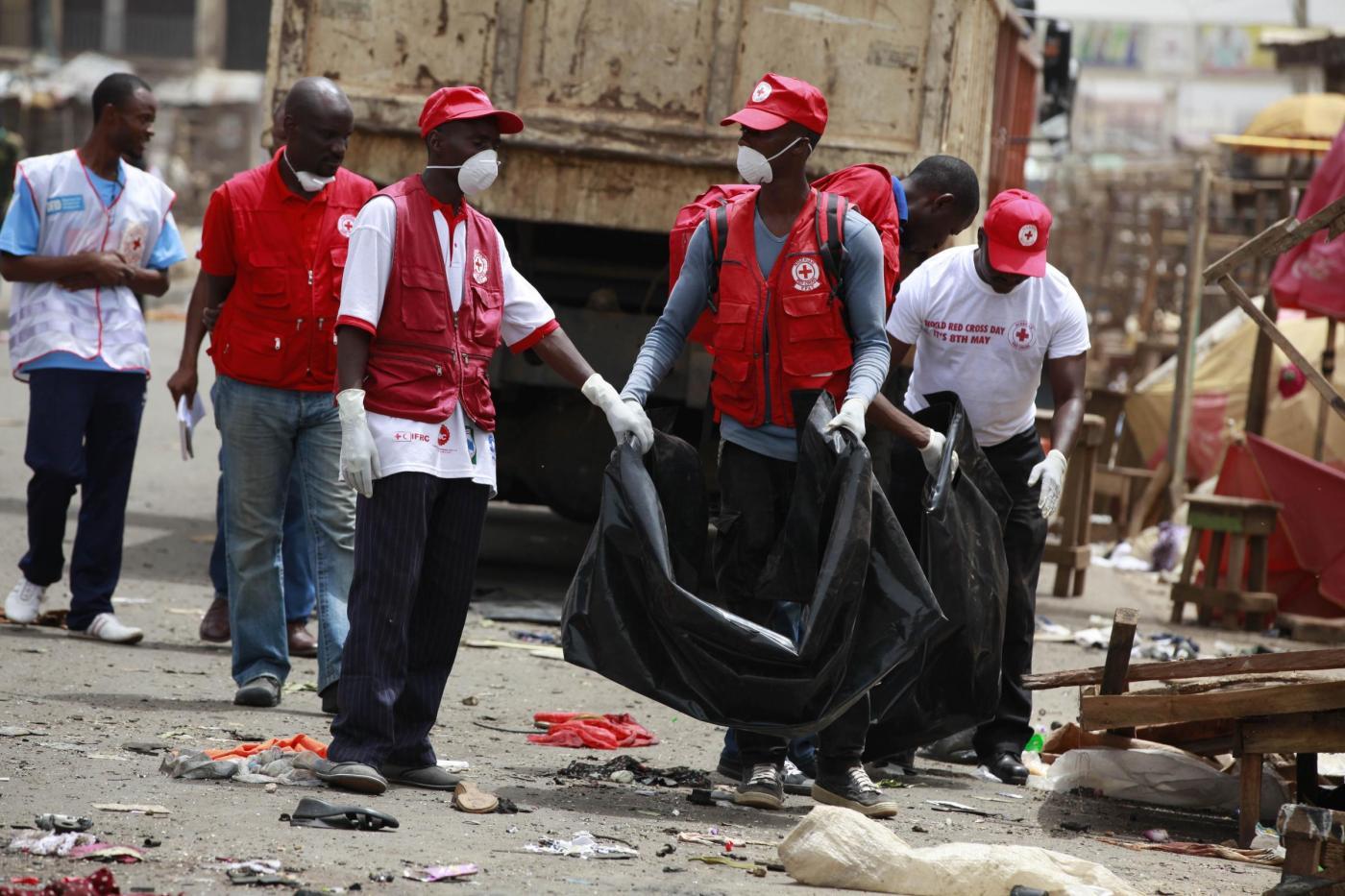 Nigeria, bomba allo stadio di calcio: almeno 40 morti