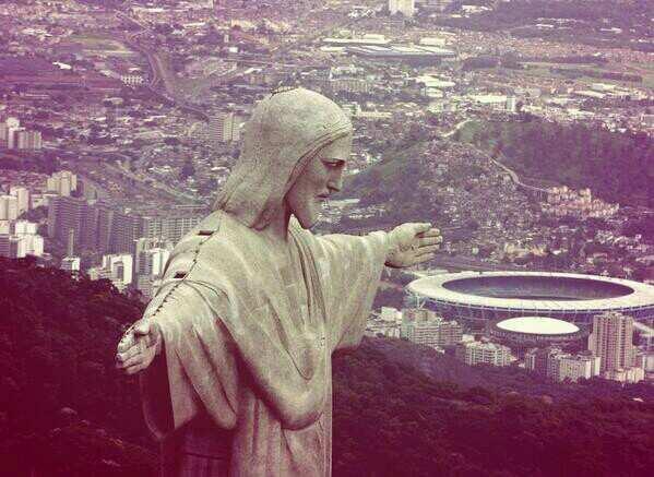 Mondiali Brasile 2014, Cristo Redentore si illumina dei colori delle squadre