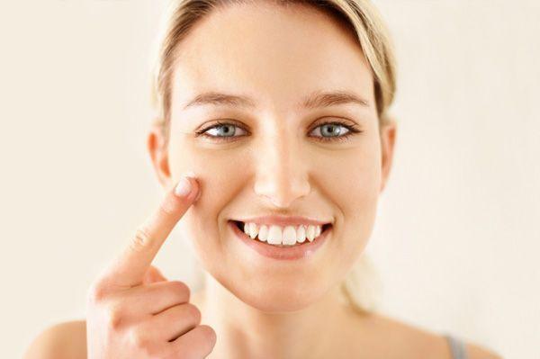 Pelle del viso sensibile: rimedi e cure