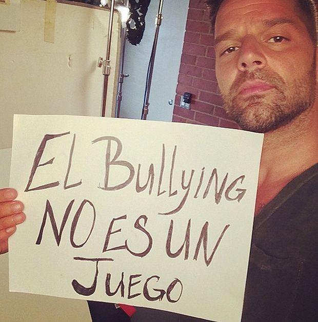 Ricky Martin contro il bullismo