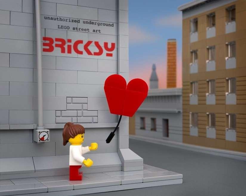 Banksy e i Lego: dalla fantasia di un fotografo nascono i Bricksy