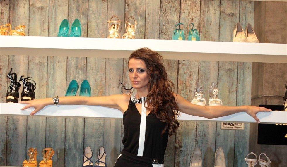 Cristina De Pin conduce Tacco12!…si nasce su Deejay TV