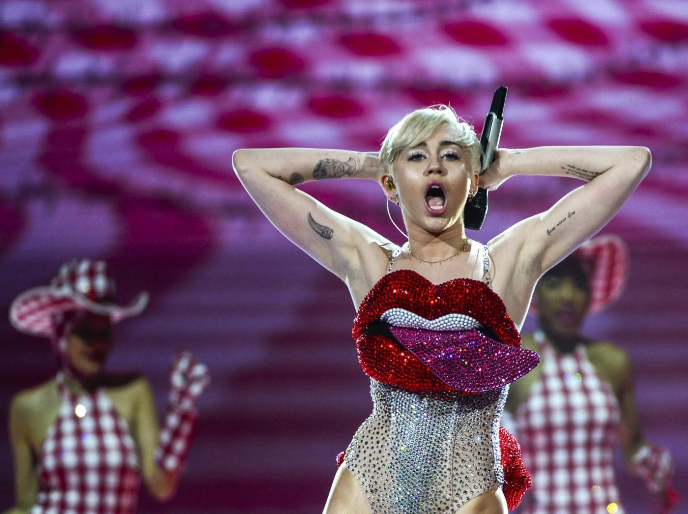 Miley Cyrus a Milano scaletta e video