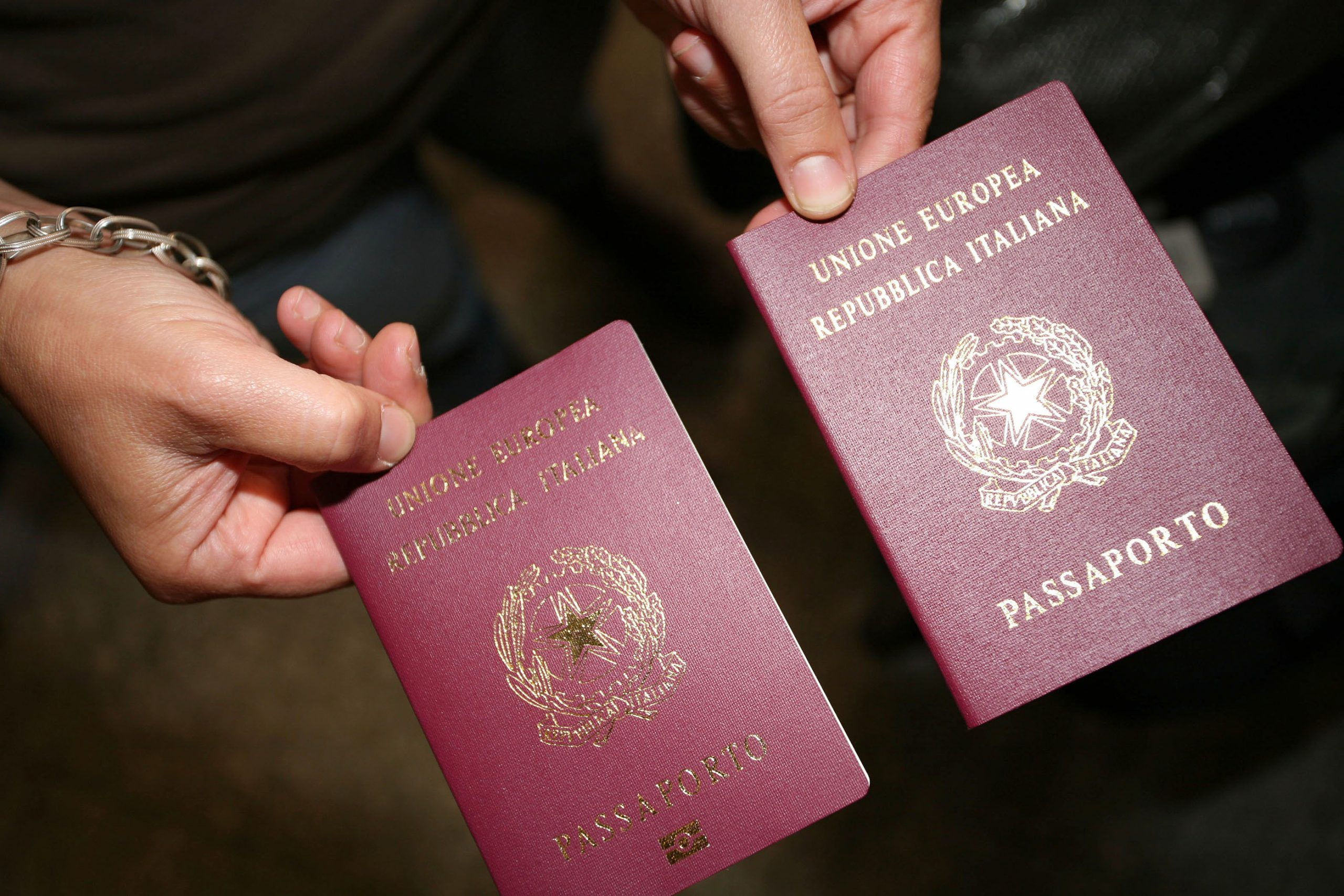 passaporto elettronico documenti rinnovo tempi di consegna