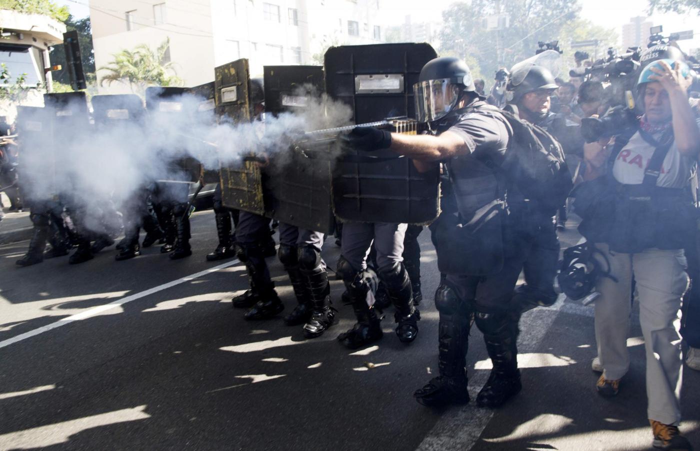 Mondiali Brasile 2014: OccupyWorldCup e Anonymous attaccano la Coppa del mondo