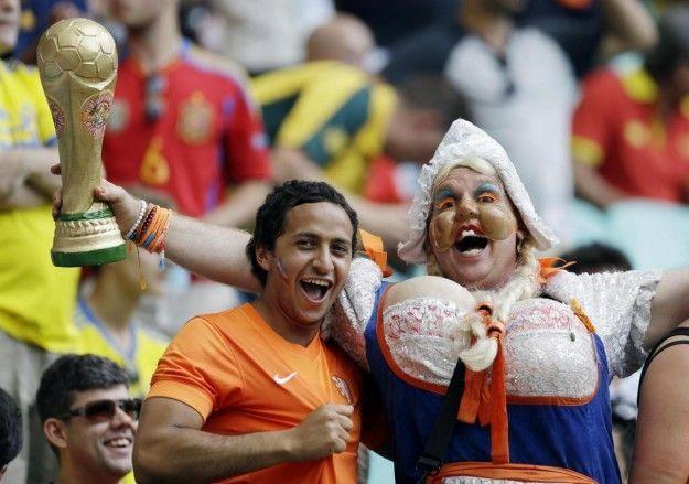 Mondiali Brasile 2014: tifosi più curiosi allo stadio