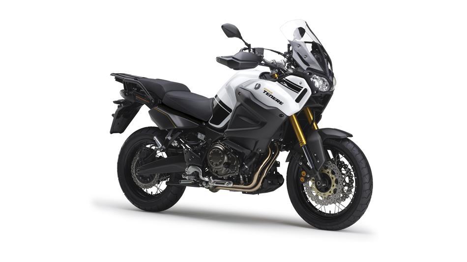 05 2014 Yamaha XT1200ZE Super Tenere EU Competition White Studio 001
