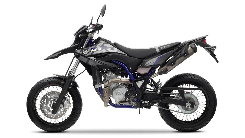 10 2013 Yamaha WR125X EU Yamaha Black Studio 006