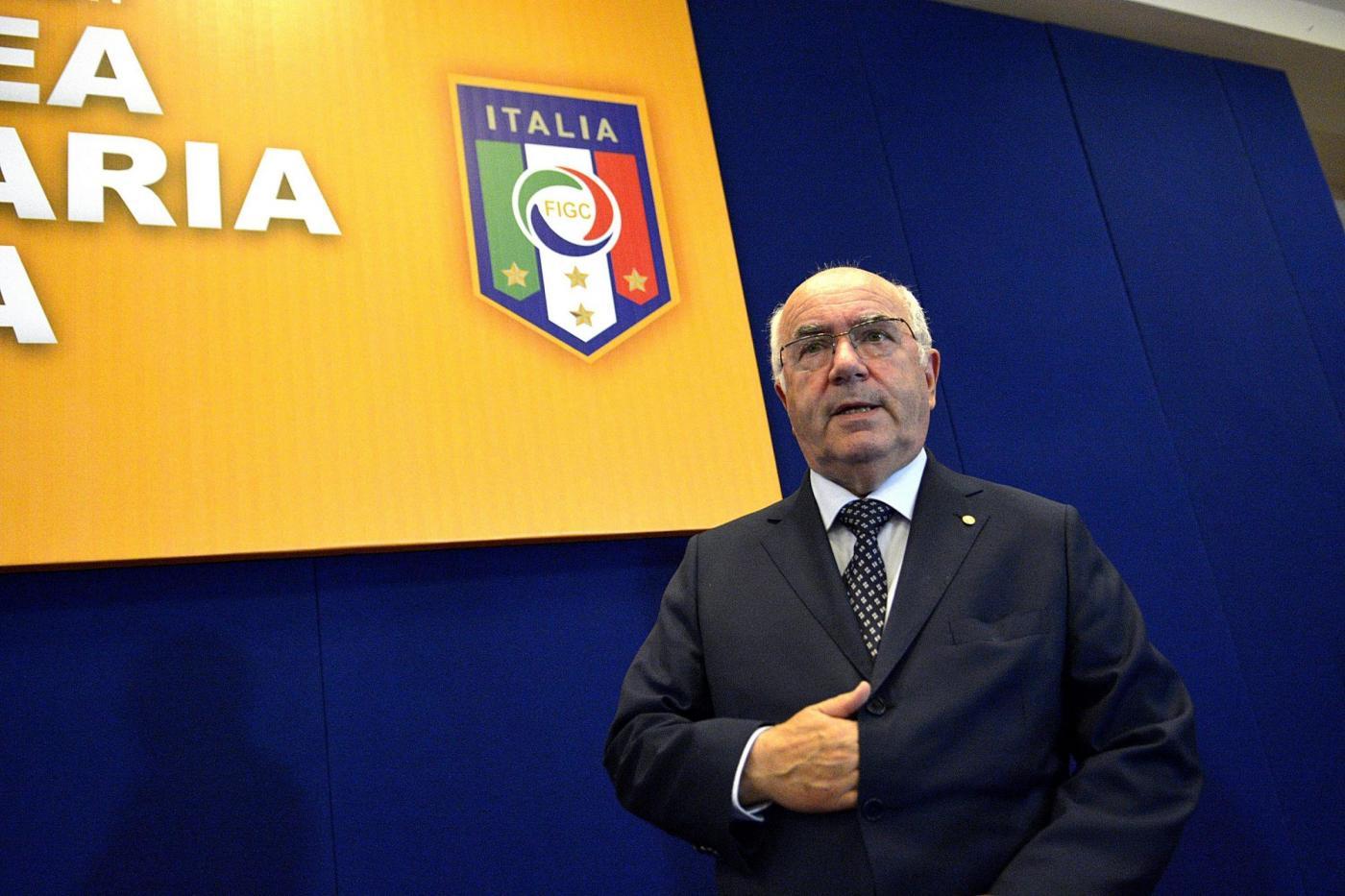 Carlo Tavecchio e i calciatori