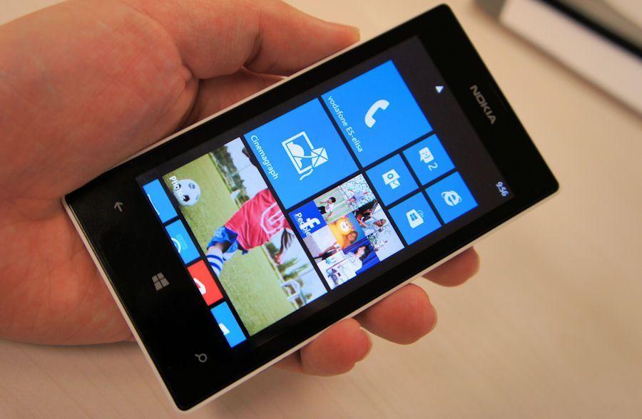 Nokia Lumia 520 recensione e pro e contro