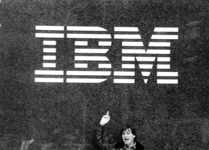 Apple e IBM a braccetto: l'accordo tra ex-nemici mortali