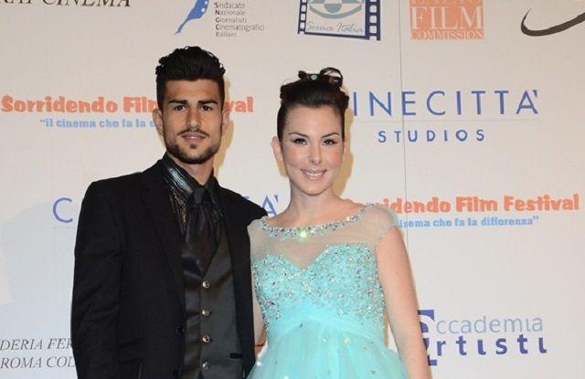 Micol Olivieri e Christian Massella si sono sposati: nozze col pancione per l'attrice