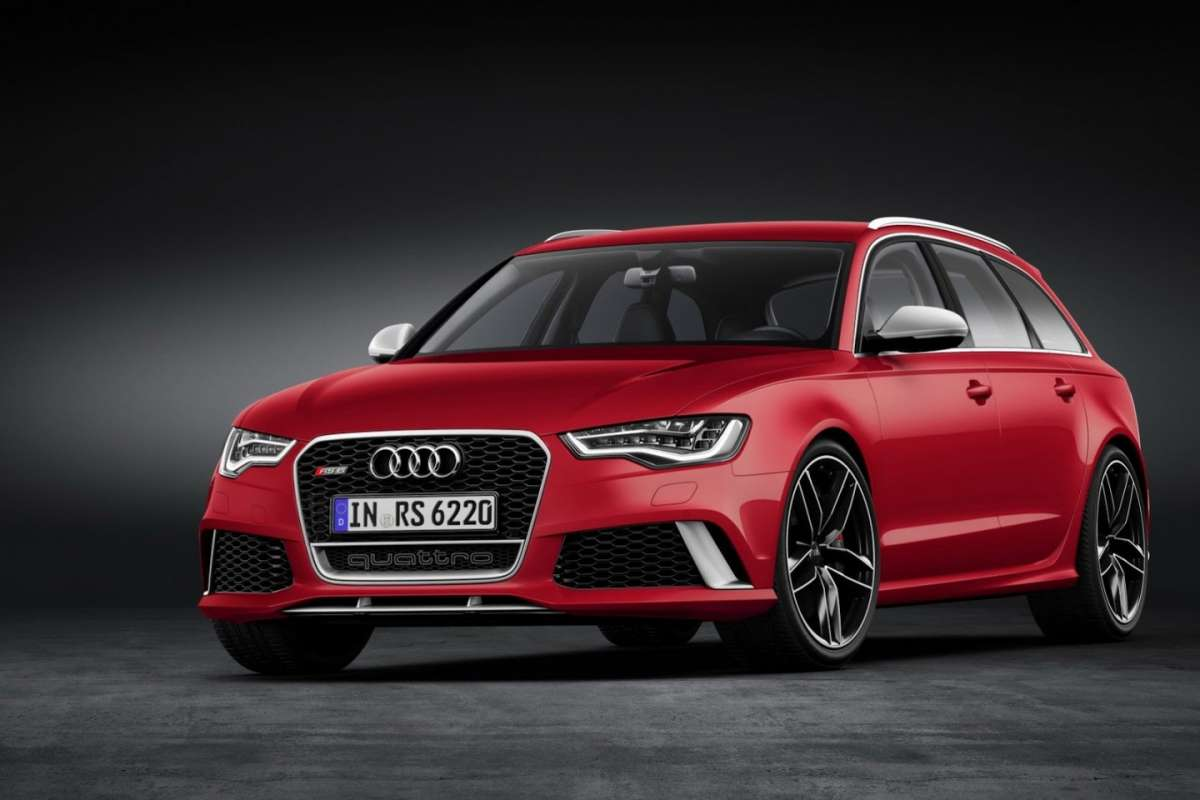 Audi RS6 Avant vs Mercedes E 63 AMG SW: confronto tra super station wagon