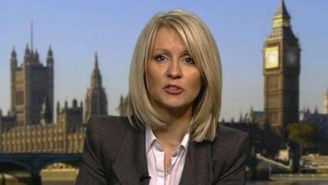 """Maschilismo in politica anche in Gran Bretagna: """"Le ministre di Cameron sono bamboline"""""""
