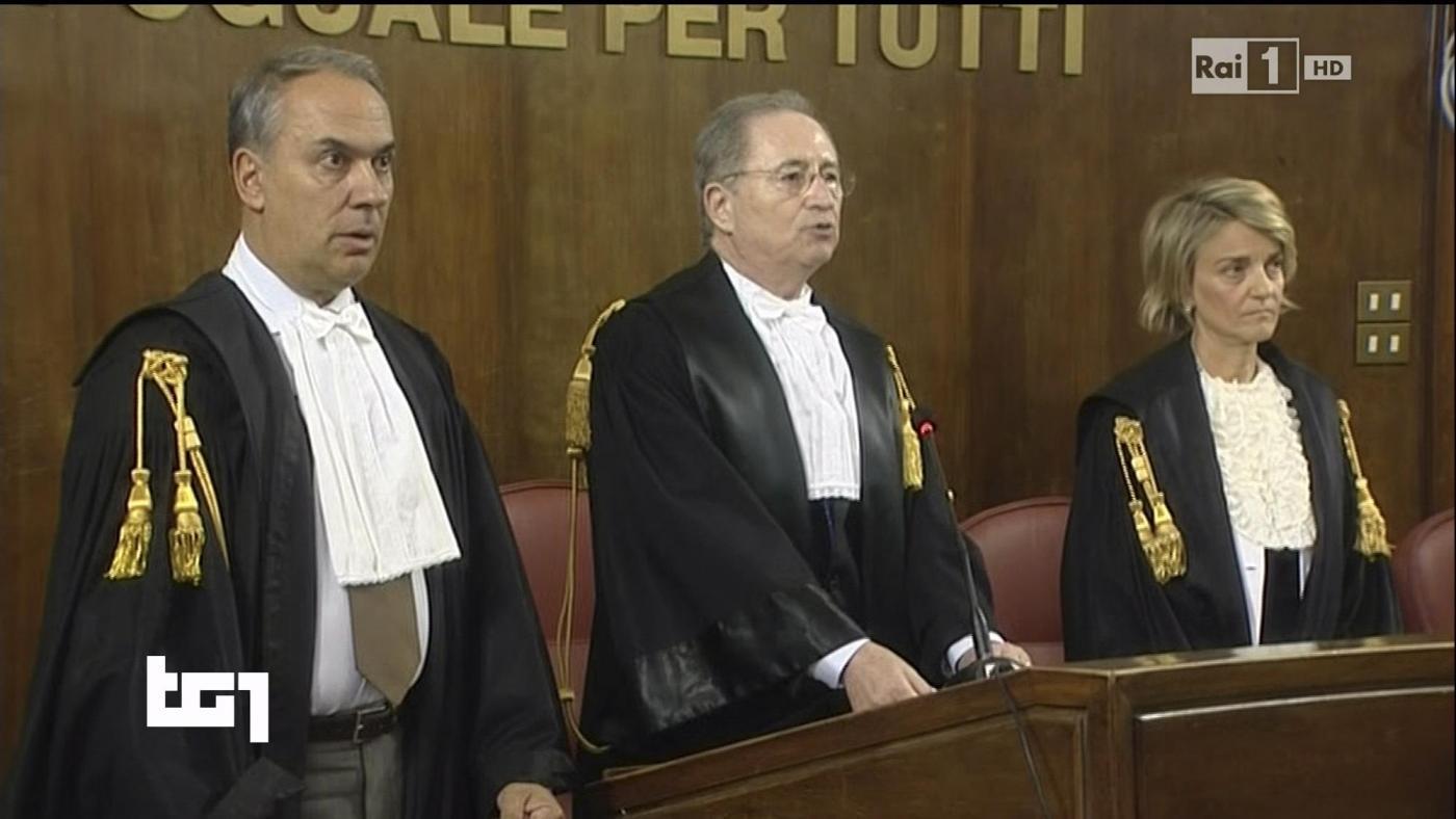 Processo Ruby, chi sono i giudici che hanno assolto Berlusconi? Si dimette il Presidente