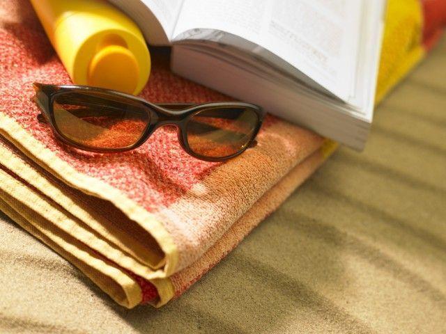 Vacanze in giallo: la Sellerio punta ancora sull'antologia degli intrighi