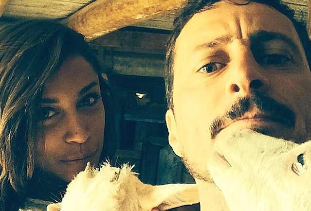 Luca Bizzarri fidanzato con la velina Ludovica Frasca: scatti della loro vita privata su Instagram e su Twitter