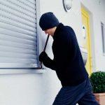 Ladri in casa, cosa fare per proteggersi dai furti?