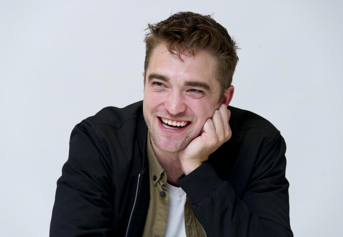 Robert Pattinson ultime news, dopo Kristen Stewart l'attore confessa: 'Sono ansioso'