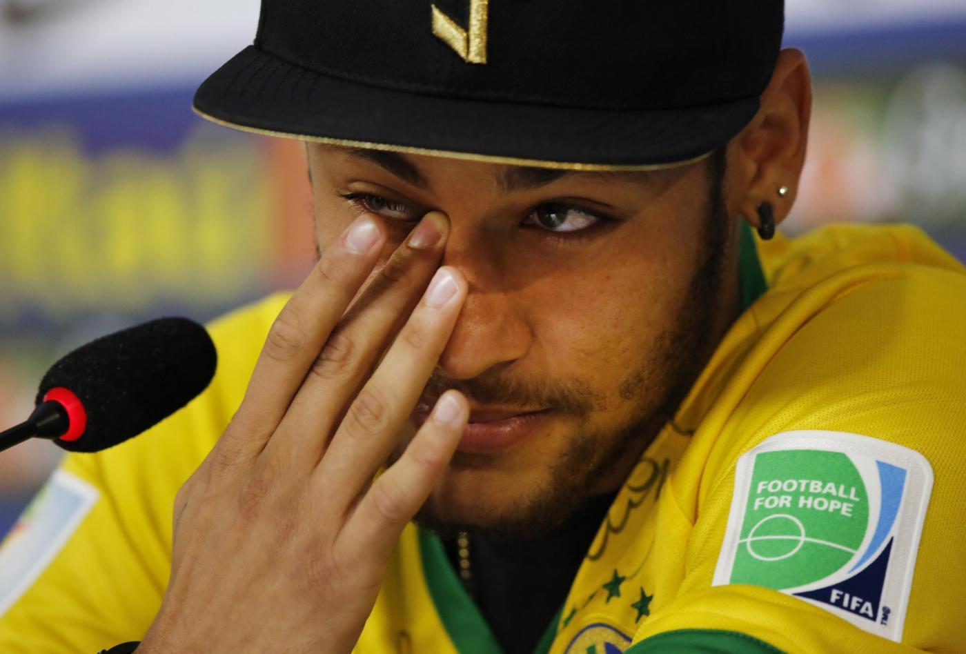 Mondiali Brasile 2014 news, Neymar: fortunato a non essere su una sedia a rotelle