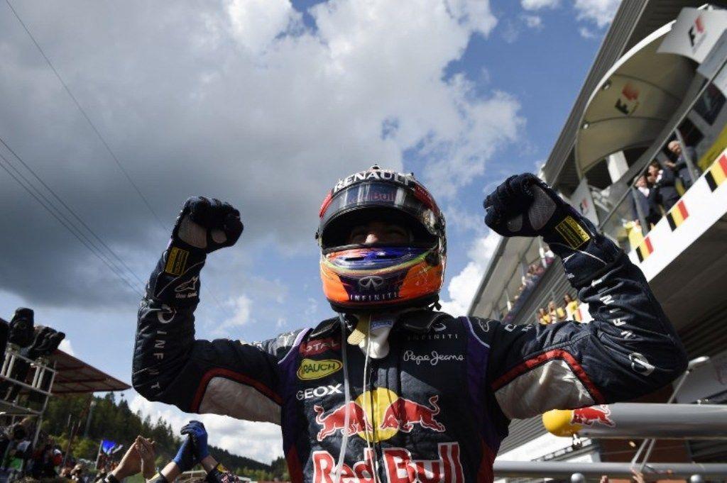 F1 GP Belgio 2014: Ricciardo vince a Spa, polemiche in Mercedes